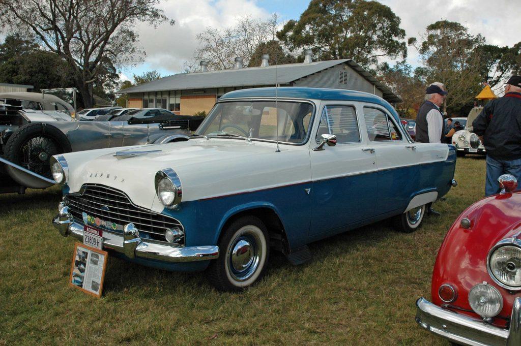 DSC_0126 1958 Ford Zephyr