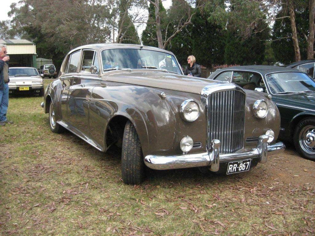 IMG_0869 Bentley S2 Mittagong 20-5-2012