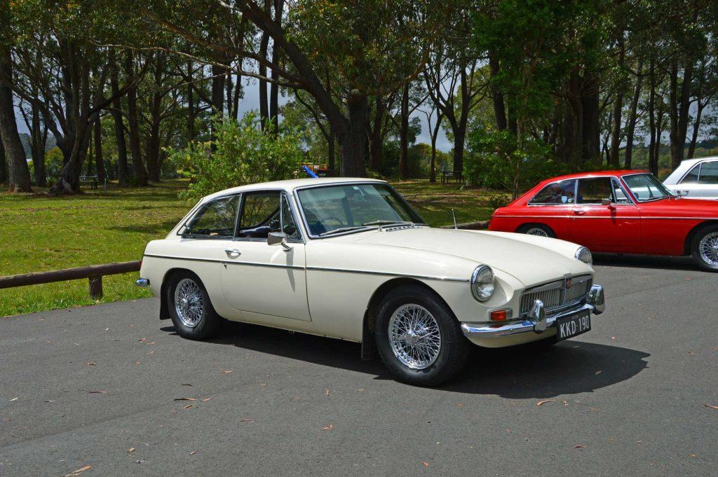 DSC_0031 1968 MGB GT Fitzroy Falls 20-2-2013