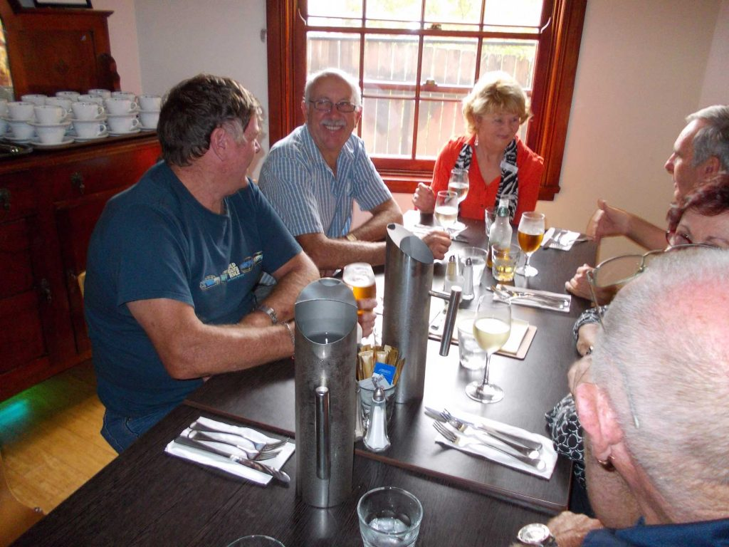 DSCN0740 HEMA-BEAC 10th Anniversary Lunch Kangaroo Valley 26-3-2014