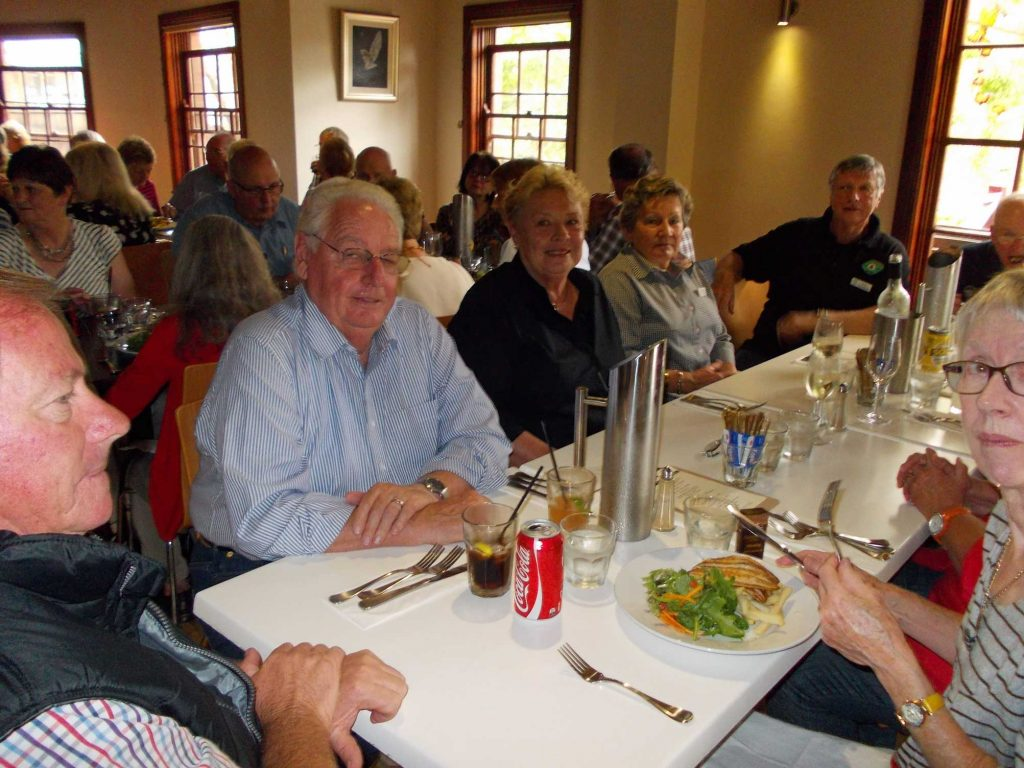 DSCN0751 HEMA-BEAC 10th Anniversary Lunch Kangaroo Valley 26-3-2014